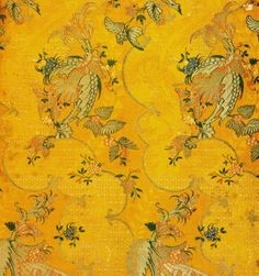 Bizarre silk (made in Italy) 18th century, the Lyon Textile Museum