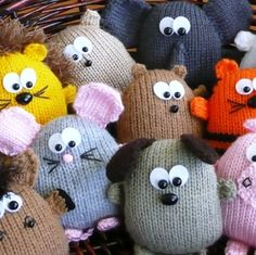Peter's Pals - hedgehog dog lion tiger horse pig elephant hamster rabbit mouse bear beaver - INSTANT DOWNLOAD PDF Knitting Pattern by kooklacreations on Etsy https://www.etsy.com/uk/listing/59178305/peters-pals-hedgehog-dog-lion-tiger