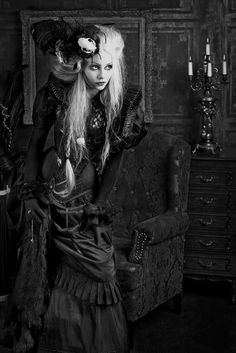 Steampunk or gothic Victorian Steampunk, Victorian Gothic, Gothic Lolita, Gothic Art, Gothic Images, Victorian Halloween, Gothic Glam, Gothic Vampire, Victorian Costume