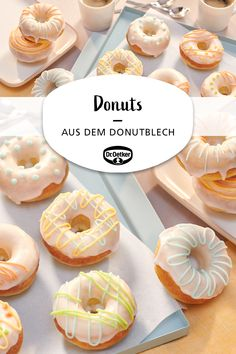Donuts aus dem Donutblech Donuts from the donut tray: yeast donuts without deep-frying from the oven decorated with icing and sugar letters Donuts Beignets, Yeast Donuts, Easy Cake Recipes, Cookie Recipes, Cookies Roses, Chocolate Chip Cookies, Donut Tray, Easy Donut Recipe, Donut Decorations