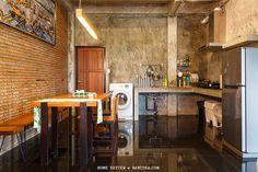 ห้องครัวปูน ตู้ซักผ้าไว้ในห้องครัว Thai House, Kitchen Room Design, Bohemian House, Loft House, Modern Loft, Rustic Bathrooms, Loft Style, Industrial House, Home Living Room