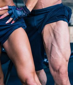 The 6 Absolute Best Quads Exercises You Can Do | If you want to know the best quads exercises and how to build effective quadriceps workouts, then you want to read this article.