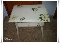 Muebles restaurados on Pinterest  Striped Furniture, Dressers and Vintage Chest