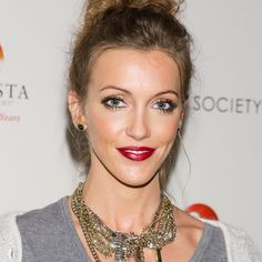 Katie Cassidy shares her favourite way to exercise on Shape Magazine (hint: it's Kondi Callanetics ;)