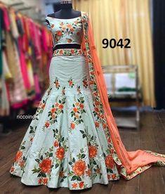Tips for traditional african fashion 156 Indian Lehenga, Lehenga Choli, Anarkali, Cape Lehenga, Bridal Lehenga, Indian Designer Outfits, Designer Dresses, Designer Lehanga, India Fashion