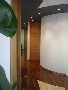 BERNAL-ITURRALDE Arquitectos. Reforma interior de oficina. Plaza Mayor. Valladolid.
