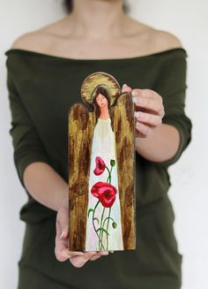 Handmade angel with flowers, angel with poppies, handmade decoration Wooden Angel, Handmade Angels, Happy Mail, Handmade Decorations, Poppies, Flowers, Royal Icing Flowers, Flower, Florals