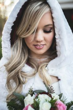 Beautiful Winter Bride #ForestHillParkofPerry Forest Hill Park, Winter Bride, Long Hair Styles, Beauty, Beautiful, Beleza, Long Hairstyle, Long Hairstyles, Long Hair Cuts