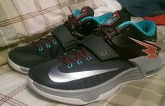 9a8da03b7f30 Here is a new colorway of the Nike KD 7 that will be releasing this Spring.