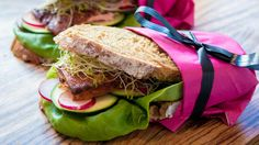 Sunn sandwich med sitronlaks