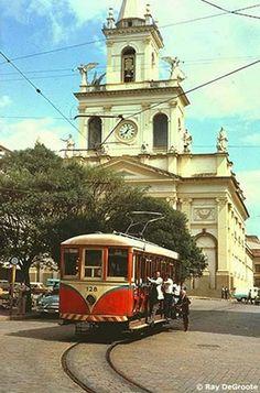 Largo da Catedral - 1950 Brazil Cities, Valencia, Cidades Do Interior, Sao Paulo Brazil, Bonde, City Landscape, Dieselpunk, Beautiful Horses, Locomotive