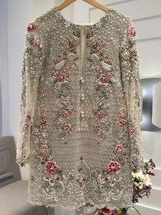 Skin gold wedding party net cloth dress with dabka threas nagh pearls work Model 18 - Victorian fashion - Modes Shadi Dresses, Pakistani Formal Dresses, Pakistani Wedding Outfits, Indian Dresses, Indian Outfits, Pakistani Party Wear, Pakistani Couture, Punjabi Wedding, Desi Clothes