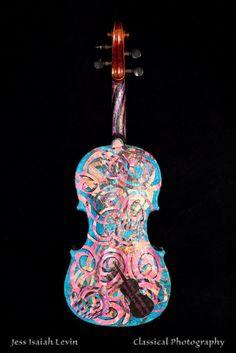 Painted Violin - okay - WOW.