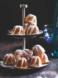 Czech Recipes, Pound Cake, Cupcake Cakes, French Toast, Food And Drink, Bread, Breakfast, Morning Coffee, Pound Cakes