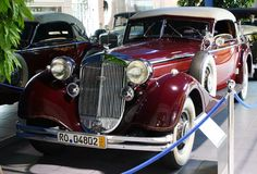 Horch 853A http://classiccarland.com/luxury/5-classic-cars-time-forgot/