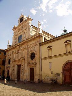 Facciata della Chiesa di San Giovanni Evangelista, Parma, Emilia-Romagna
