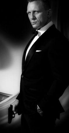 Daniel Craig as 007 Estilo James Bond, James Bond Style, Craig Bond, Daniel Craig James Bond, Rachel Weisz, Daniel Graig, Z Cam, Casino Royale, Actors