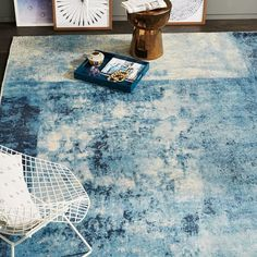 Master bedroom | handcrafted 100% wool | Distressed Rococo Wool Rug - Blue Lagoon