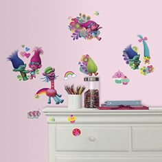 These Trolls Wall Decals feature Poppy, Biggie, and other characters from the movie. Your child's room will look like the Troll Tree when you decorate it with these adorable Trolls decals! Oktoberfest Halloween, Halloween Kids, Wall Stickers Murals, Vinyl Wall Decals, Roommate Decor, Roommates, Troll Party, Kids Party Supplies, Adhesive Vinyl