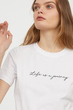 T-shirt in cotton jersey with embroidered text. T-shirt in cotton jersey with embroidered text. Funny Shirts Women, T Shirts For Women, Clothes For Women, Statement Shirts Graphic Tees, Printed Shirts, Tee Shirts, Shirt Embroidery, T Shirts With Sayings, Tee Design
