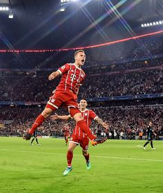 Real Madrid, Fcb Wallpapers, Fifa, Fc Hollywood, Bayern Munich Wallpapers, James Rodrigez, Joshua Kimmich, Fc Bayern Munich, Z New