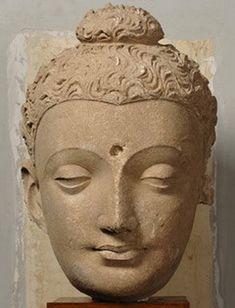 탁실라 박물관에 있는 부처 얼굴 - 의사신문 Buddha Painting, Buddhist Art, Indian Art, Art And Architecture, Art History, Art Projects, Sculptures, Buddha Statues, Artist
