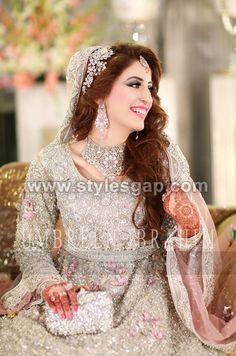 Walima Bridal Looks- Latest Beautiful Walima Bridal Dresses Collection (1)