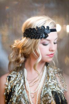 Bridal Accessories: Hair, Veils, Jewelry, Bouquets, Garters