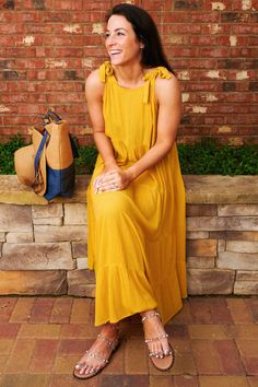 Sunny days are ahead and we're ready to spend them at the pool or beach! Check out some of our favorite cover ups of the season, and how we styled them. #mudpiegift #summer #coverups Cozy Fashion, Women's Summer Fashion, Summer Cover Up, Swimsuit Cover Ups, Lightweight Cardigan, Summer Accessories, Leggings Fashion, Day Dresses, Sunny Days