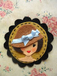 octubre | 2012 | Little Chic Things Broches Fieltro