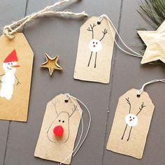 Geschenkanhänger für eure Geschenke, einfach mit Fingerabdruck gemacht. Mehr Ideen unter www.kopfkonzert.com