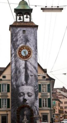 "Photo de Man Ray ""Femme aux cheveux longs"" réinterprétée par JR - Switzerland, Vevey Vevey, Man Ray, Graffiti, Festival Image, Air Photo, Installation Art, Art Installations, Murals Street Art, Outdoor Art"