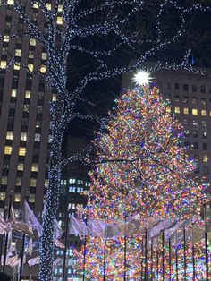New York Christmas 2021 Events 750 Vintage Nyc Ideas In 2021 Nyc New York City Vintage New York