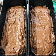 Cel mai bun și mai fin chec glasat cu ciocolată – Chef Nicolaie Tomescu Bun Bun, Meat, Cooking, Desserts, Food, Deserts, Kitchen, Tailgate Desserts, Essen