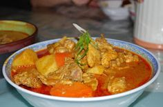 Say Yes To African Cape Malay Chicken Curry Supermarket Meal Recipe Jamaican Recipes, Curry Recipes, Asian Recipes, Ethnic Recipes, Tasty Chicken Curry, Spicy Stew, Kebabs On The Grill, Malay Food, Dutch Oven Recipes