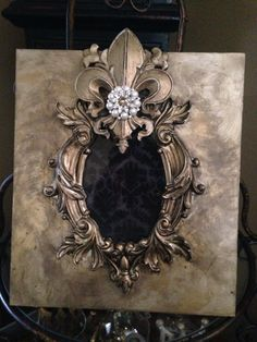 Tuscan Style – A Great Home Decorating Idea Collage Frames, Painting Frames, Frames On Wall, Mirrored Picture Frames, Picture Frame Decor, Home Decor Near Me, Tuscan Style Homes, Jewelry Frames, World Decor
