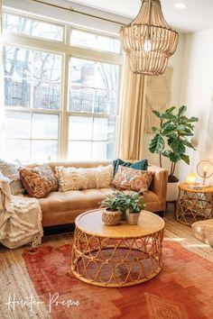 Boho Chic Living Room, Boho Room, Cozy Eclectic Living Room, Bohemian Living Spaces, Bohemian Apartment, Living Furniture, Living Room Sofa, Living Room Decor, Front Room Decor