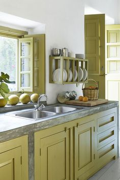Kitchen Cabinet Design For Small Kitchen Feng Shui Kitchen Colors, Kitchen Cabinet Design, Simple Kitchen, Feng Shui Kitchen, Kitchen Remodel, Kitchen Remodel Small, Small Kitchen Design Photos, Cottage Kitchen Cabinets, Kitchen Cabinet Interior
