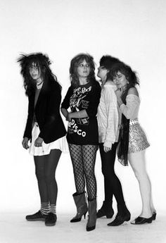 the slits rocked a more casual punk fashion