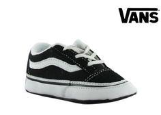 Vans Old Skool Black Infant Trainers, http://www.amazon.com/dp/B003FZNTW8/ref=cm_sw_r_pi_awd_JBkAsb1VS72GX