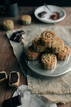 Chocolate & Lotus Seed Mini Mooncakes | Jet & Indigo