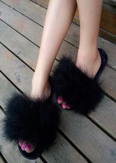 Cheap beach slippers, Buy Quality feather slippers directly from China flip flops women Suppliers: Famous Fur Flip Flops Women Sweet Platform Wedges Sandals Ostrich Feathers Slippers 2017 Summer Platform Thongs Beach Slippers Platform Wedge Sandals, Slide Sandals, Women's Sandals, Gorgeous Feet, Beautiful Shoes, Cute Slides, Faux Fur Slides, Womens Slippers, Ostrich Feathers