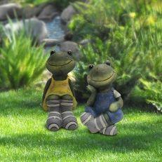 Garden Decor, Pond Decor, Fountains, Parts +More Garden Stakes, Gnome Garden, Frog Sitting, Tabletop Fountain, Deck, Animal Statues, Garden Furniture, Beautiful Gardens, Making Out