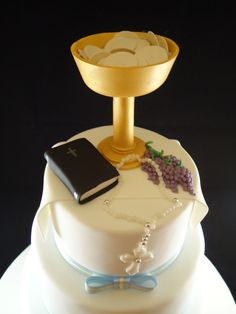 Gregry's Holy Communion Cake.