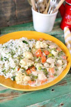 Tejszínes zöldséges csirkeragu + rizs = klasszikus és gyors kaja | Street Kitchen Risotto, Potato Salad, Cake Recipes, Food And Drink, Healthy Recipes, Healthy Food, Lunch, Chicken, Cooking