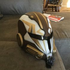 Star Wars Mandalorian Custom AirsoftCosplay helmet Any Jedi Cosplay, Mandalorian Cosplay, Cosplay Helmet, Clone Trooper Helmet, Star Wars Helmet, Star Wars Concept Art, Star Wars Art, Sorority Canvas, Sorority Paddles