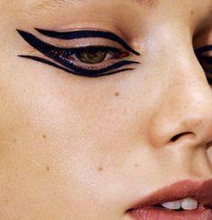 New Ideas fashion editorial makeup natural models Goth Makeup, Beauty Makeup, Eye Makeup, Hair Makeup, Hair Beauty, Runway Makeup, Beauty Bar, Beauty Trends, Beauty Hacks