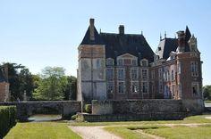 Château de La Bussière►►http://www.frenchchateau.net/chateaux-of-centre/chateau-de-la-bussiere.html