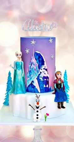 More Frozen Party Cake Ideas & Inspirations Frozen Doll Cake, Frozen Party Cake, Disney Frozen Cake, Frozen Birthday Cake, Disney Cakes, Birthday Cake Girls, Birthday Cakes, Happy Birthday, Fancy Cakes