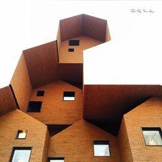 """stacked. #Seoul #서울 #Korea #brick #facade #of #flagshipstore #플래그십스토어 #of #0914 @0914gonguilsa #Korean #handbag #brand #architecture #nextarch #건축"""